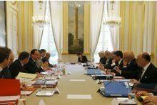 3,8 milliards d'euros de plus pour la Défense