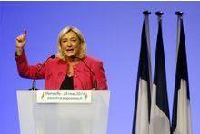 Eurorolling : le FN toujours favori, le PS dégringole