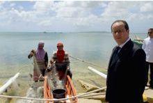 Hollande dénonce les destructions à Mossoul