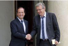 François Hollande enterre les cocos