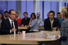 """Hollande: """"Le FN n'est pas un parti républicain"""""""