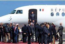 Hollande rafistole sa majorité en plein ciel