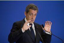 """Sarkozy souhaite """"l'unité"""" pour """"lutter contre la barbarie"""""""