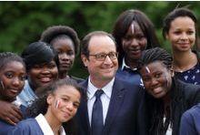 Sondage. Une éclaircie pour François Hollande