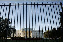L'intrus de la Maison-Blanche et son inquiétant arsenal