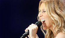 """Céline Dion chante """"We Are The World"""" pour Haïti"""