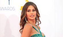 Sofia Vergara en lingerie sexy sur un tournage