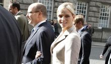 Avril 2011 : Charlene, l'apprentissage d'une princesse