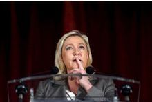 """""""Marine Le Pen a changé de mots, pas de programme"""""""