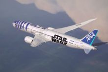 Un avion aux couleurs de R2-D2