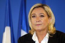 De Le Pen à Hidalgo, les politiques soutiennent Hollande