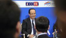 Hollande en Russie. Les droits de l'Homme du bout des lèvres