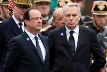 Le couple Hollande-Ayrault à la peine