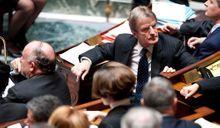 Sondage Paris Match-Ifop : Kouchner affaibli