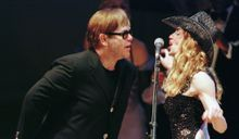 Elton John contre Madonna : La guerre