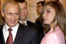 Poutine l'homme de glace fond pour Alina
