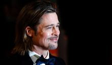 Chanel N°5. Brad Pitt se met au parfum