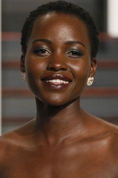 Lupita Nyong'o en Ouganda pour Disney