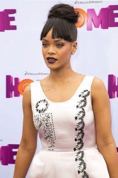 Rihanna se défend de consommer de la cocaïne