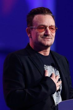 La longue liste des fractures du leader de U2