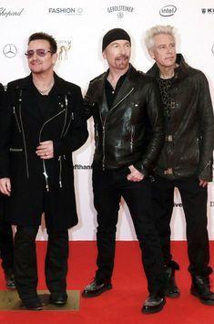 U2 offre un concert surprise à ses fans