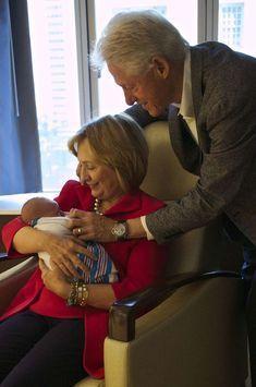 Hillary et Bill Clinton sont aux anges