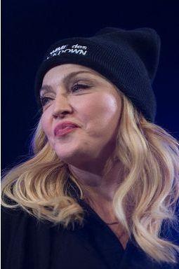 Madonna aux enchères !
