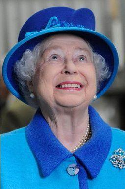 Elizabeth réunit son royaume