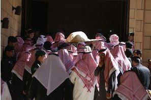 Un enterrement selon les traditions
