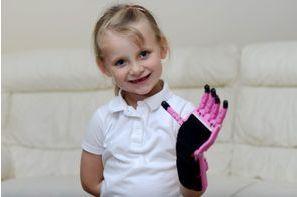 La nouvelle main d'Hayley