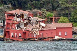 La villa ottomane percutée par le cargo samedi en Turquie.