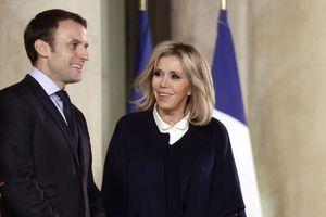Emmanuel et Brigitte Macron , mi décembre à l'Elysée.