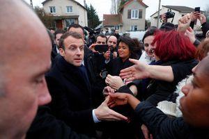 Emmanuel Macron à Villeneuve-Saint-Georges, dans le Val-de-Marne, le 14 février 2018.