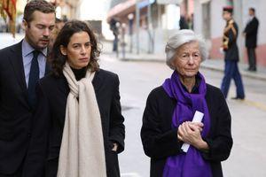 Dominique Erignac et ses enfants, la semaine dernière lors de la cérémonie d'hommage au préfet assassiné il y a 20 ans.