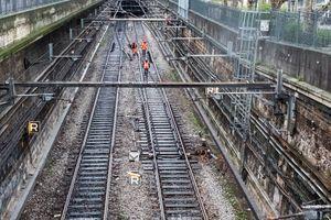 Les rails du RER.