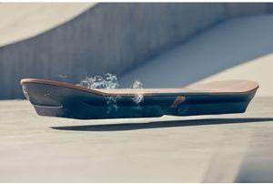 Lexus a mis au point un Hoverboard
