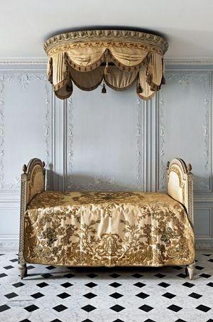 La salle de bains de Marie-Antoinette dans son Petit Appartement au rez-de-chaussée du château de Versailles