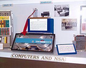 Harvest, l'ordinateur conçu par IBM pour la NSA au début des années 60.