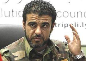 Abdallah Naker en uniforme à Tripoli en 2012