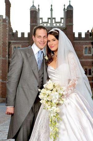 Lord Frederik Windsor et Sophie Winkleman lors de leur mariage à Londres, le 12 septembre 2009