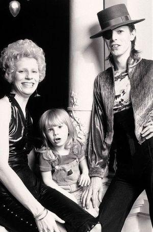 David et Angie Bowie avec leur fils.