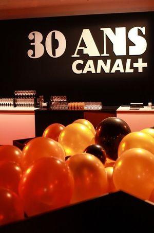 La soirée Canal+, attendant ses invités.