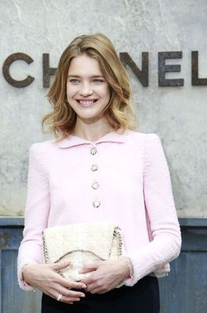 La top Natalia Vodianova en Chanel, collection automne-hiver 2013-2014