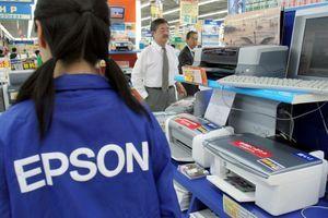 Des produits Epson dans un magasin de Tokyo.