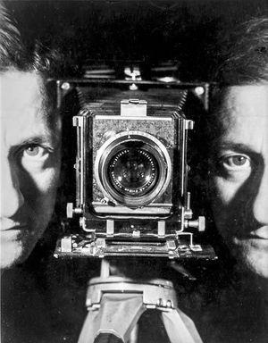 « Autoportrait », Paris, 1938