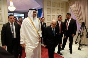 Le 29 novembre 2016, le président Beji Caïd Essebsi accueille l'émir du Qatar Temim Al-Thani qui annoncera un prêt de 1,25 milliards de dollars pour la Tunisie