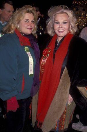 Francesca Hilton et Zsa Zsa Gabor, photographiées en novembre 1994.