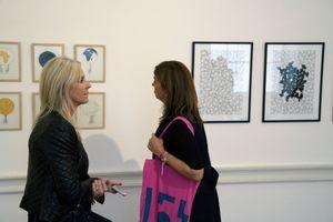 Promenade dans la galerie GVCC qui existe depuis 1946 à Casablanca, reprise en 2008 par Anne-Laurence Sowan, elle expose de jeunes artistes contemporains comme Saïd Afifi et Younes Atbane