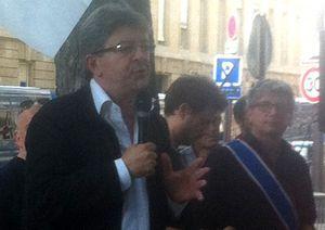 Jean-Luc Mélenchon. A l'arrière-plan, Eric Coquerel.