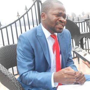 """Jean-Chrysostome Kijana, 36 ans, préside la « Nouvelle dynamique de la société civile » (NDSCI), militant depuis 2002, il coordonne la coalition """"Tournons la Page"""" en RDC"""